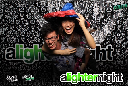 A Lighter Night, Photobooth